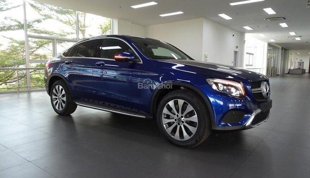 Bán Mercedes Benz GLC 300 Coupe - KM đặc biệt - Xe nhập khẩu giao ngay - LH: 0919 528 520