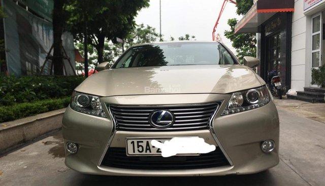 Bán xe Lexus ES 300h sản xuất 2014 màu vang cát, nhập khẩu