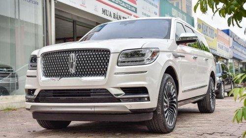 Cần bán xe Lincoln Navigator AT đời 2018, màu trắng, nhập khẩu nguyên chiếc