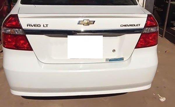 Cần bán gấp Chevrolet Aveo LT 1.5 MT sản xuất năm 2016, màu trắng