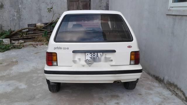Cần bán gấp Kia CD5 2002, màu trắng, giá 62tr