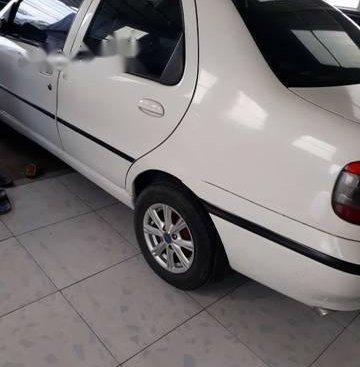 Cần bán gấp Fiat Siena MT đời 2001, đồng sơn nội thất còn đẹp