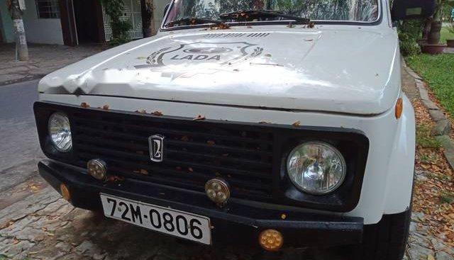 Cần bán Lada Niva1600 đời 1995, màu trắng, 78 triệu