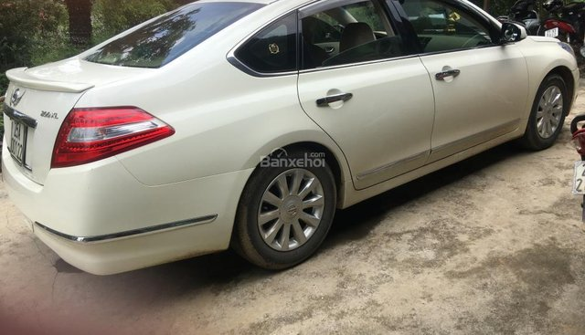 Bán xe Nissan Teana 200XL đời 2010, màu trắng, xe nhập, 600 triệu
