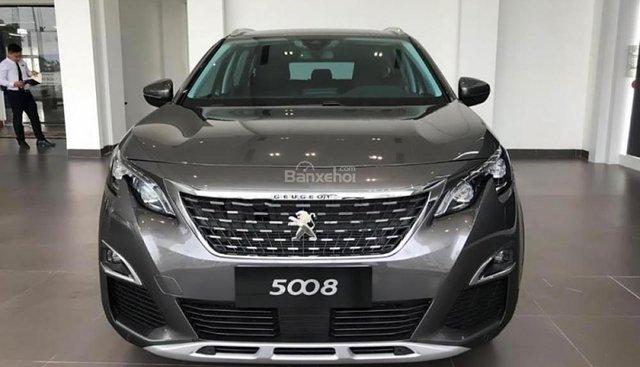 Bán Peugeot 5008 1.6 AT 2018, màu xám