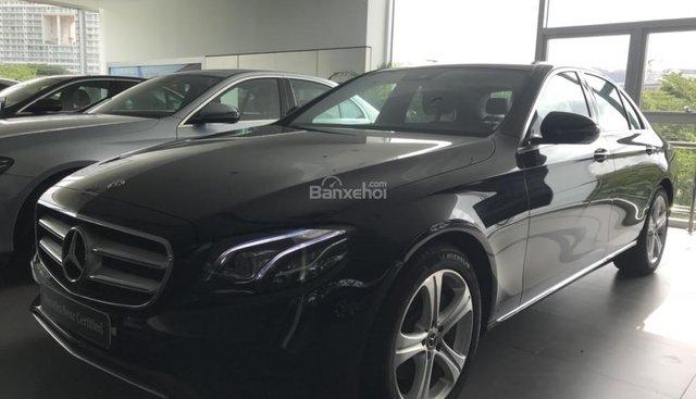 Bán Mercedes E250 2017 mới ra biển số, chưa sử dụng, màu Đen