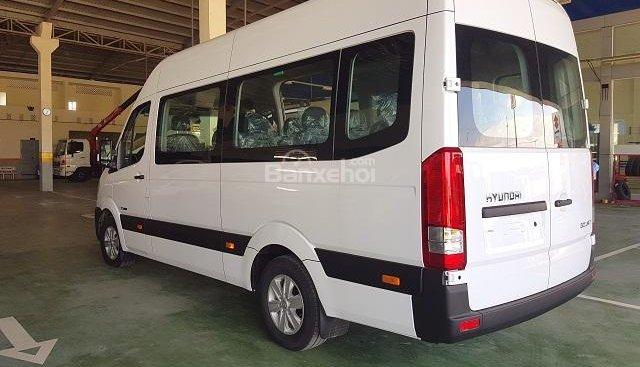 Bán xe du lịch gia đình Hyundai Solati, 16 chỗ, tặng ngay 10 triệu khi mua xe