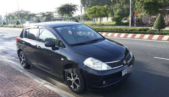 Bán 1 chiếc Nissan Tiida 5 cửa, nhập khẩu Nhật Bản, màu đen, số tự động, đời 2007