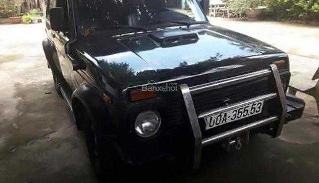 Cần bán xe Lada Niva1600 1.6 MT sản xuất 1990, màu đen, nhập khẩu