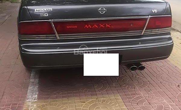 Cần bán gấp Nissan Maxima 3.0 AT 1993, màu xám, xe nhập