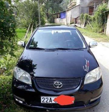 Cần bán xe Toyota Vios sản xuất 2004, màu đen xe gia đình