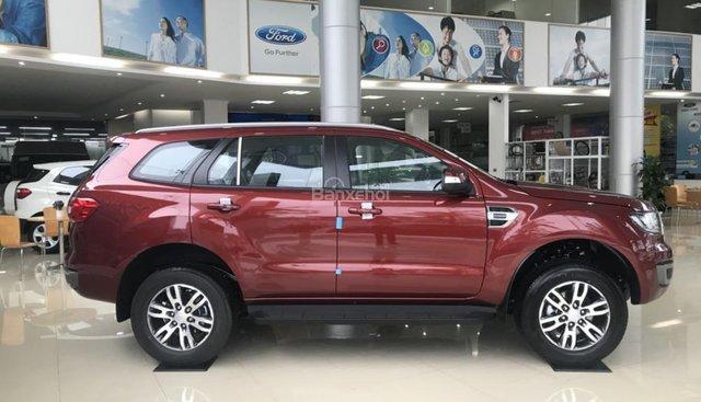 Bán ô tô Ford Everest 2.0L 4x2 Trend đời 2019, màu đỏ, nhập khẩu giá đẹp, hỗ trợ trả góp lãi suất thấp 0979572297
