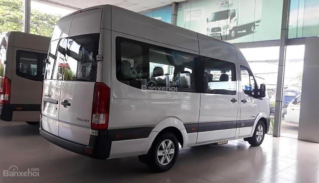 Cần bán xe Hyundai Solati H350 2.5 MT sản xuất năm 2018, màu bạc