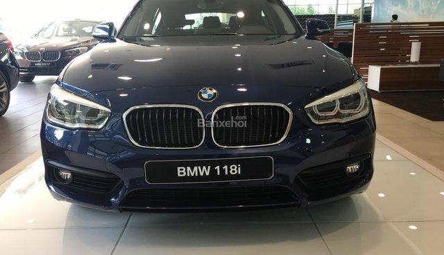 BMW Phú Mỹ Hưng - BMW 1 Series 118i 2018, nhập khẩu nguyên chiếc. Liên hệ: 0938805021 - 0938769900