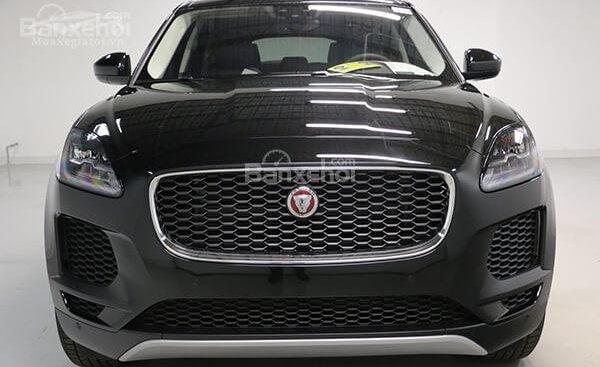 Bán Jaguar E-Pace S năm sản xuất 2018, màu đen, máu xám, new model 2018 giao xe sớm