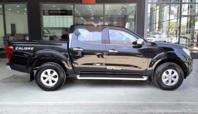 Cần bán xe Nissan Navara sản xuất năm 2018, màu đen