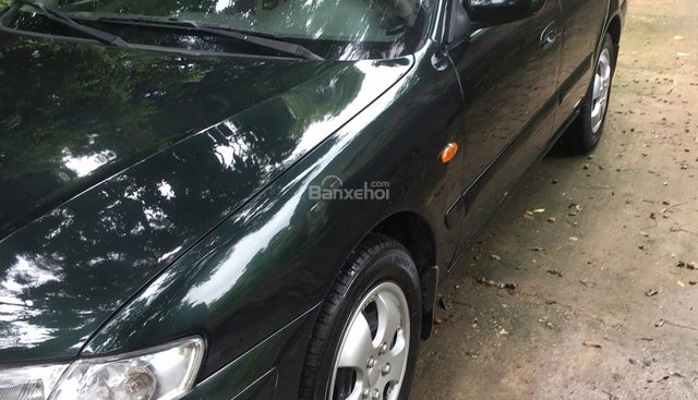Cần bán gấp Mazda 626 2002, màu đen xe gia đình, 158tr