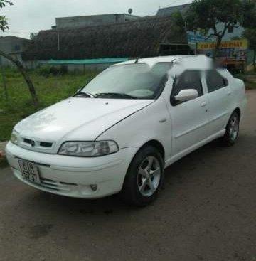 Cần bán lại xe Fiat Albea năm 2004, màu trắng như mới