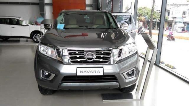 Cần bán Nissan Navara sản xuất năm 2018, màu xám, giá tốt