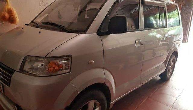 Cần bán gấp Suzuki APV sản xuất năm 2007, màu bạc xe gia đình