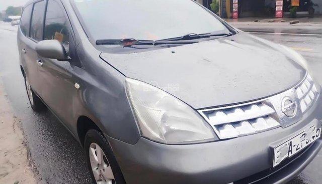 Bán Nissan Grand livina 1.8 AT đời 2011, màu xám số tự động