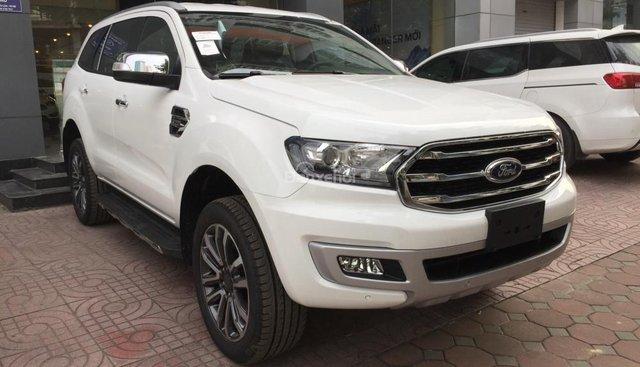 Bán xe Ford Everest 2.0 Turbo đời 2018, màu trắng, nhập khẩu nguyên chiếc
