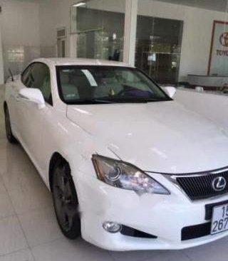 Cần bán gấp Lexus IS 250C đời 2010, màu trắng, nhập khẩu số tự động