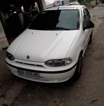 Bán Fiat Siena sản xuất 2002, màu trắng, giá chỉ 120 triệu