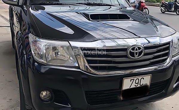 Bán xe Toyota Hilux 3.0G 4x4 MT đời 2014, màu đen, nhập khẩu, chính chủ, giá 540tr