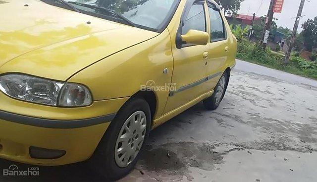 Cần bán gấp Fiat Siena HLX 1.6 đời 2003, màu vàng xe gia đình