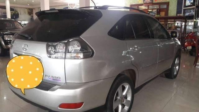 Cần bán lại xe Lexus RX 330 đời 2004, màu bạc, số tự động