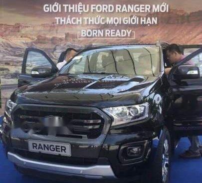 Cần bán Ford Ranger đời 2018, màu đen, giá tốt