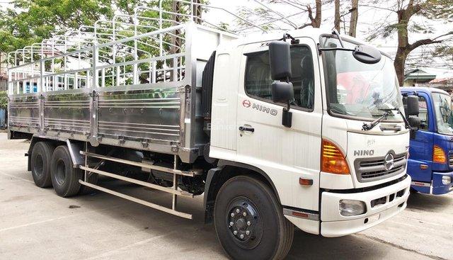 Bán xe Hino 15 tấn FL8JTSA 3 chân 1 cầu thật, hỗ trợ vay vốn cao, khuyến mãi lớn