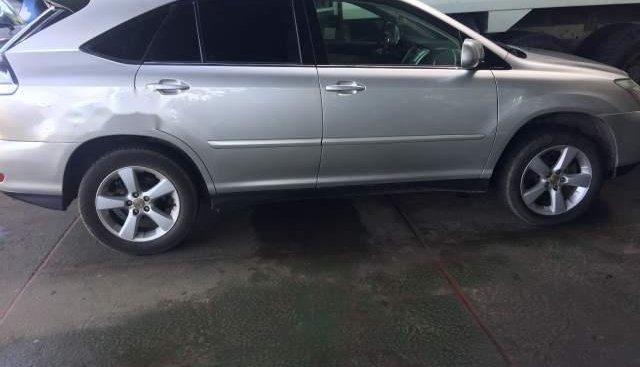 Cần bán xe Lexus RX 330 AT sản xuất năm 2004, màu bạc, nhập khẩu nguyên chiếc