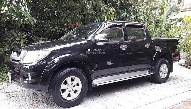 Bán Toyota Hilux 3.0G 4x4 MT đời 2011, màu đen, nhập khẩu nguyên chiếc