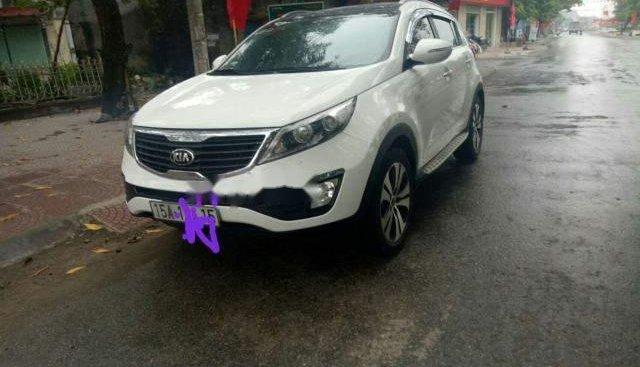 Cần bán lại xe Kia Sportage AT sản xuất năm 2012, màu trắng