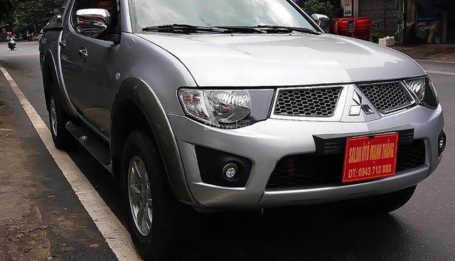 Bán xe Mitsubishi Triton GLS 4x4 MT đời 2009, màu bạc, nhập khẩu