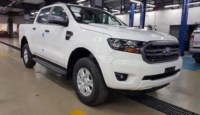 Cần bán Ford Ranger XLS AT năm 2018, màu trắng, nhập khẩu Thái