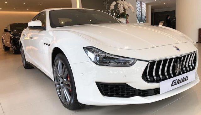 Bán Maserati Ghibli Granlusso đời mới nhất vừa về Việt Nam. Xe Maserati giá siêu hấp dẫn