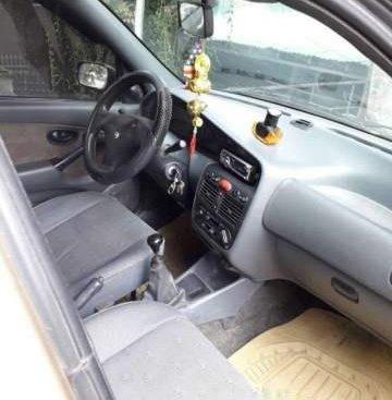Cần bán gấp Fiat Siena MT sản xuất năm 2002, nhập khẩu nguyên chiếc