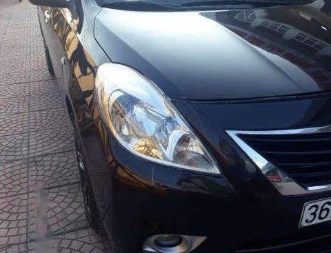 Cần bán lại xe Nissan Sunny đời 2014, màu đen, giá tốt