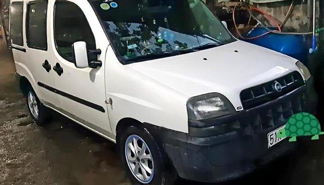 Cần bán gấp Fiat Doblo sản xuất năm 2003, xe nhà đang sử dụng