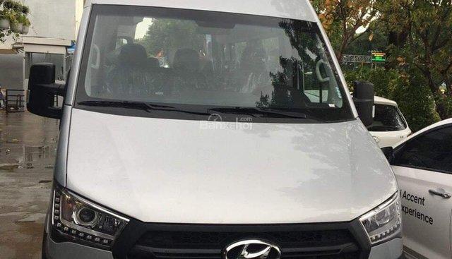 Bán xe 16 chỗ Solati Hyundai Tây Ninh giá rẻ, 2018, màu bạc, giao ngay. LH: 0902570727