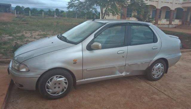 Cần bán Fiat Siena 1.6 HL đời 2002, màu bạc