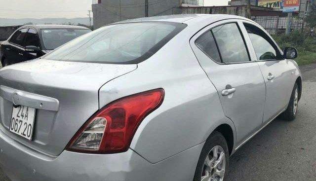 Bán Nissan Sunny MT đời 2013, màu bạc như mới, giá 225tr