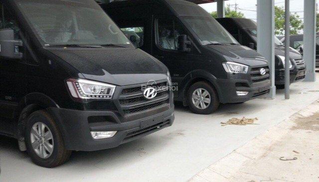 Bán xe Solati Hyundai mới 2018, màu đen, có trả góp tại Tây Ninh, LH 0902570727