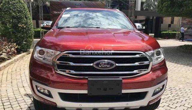 Bán Ford Everest 2018, xe nhập 100%, giá đẹp, ký chờ giao xe tháng, hỗ trợ vay lãi suất tốt