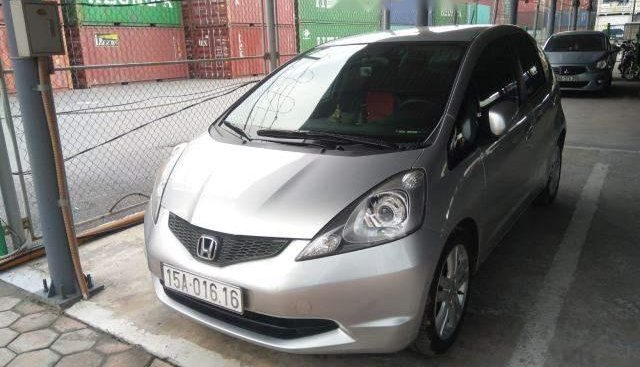 Cần bán Honda FIT năm 2009, màu bạc, nhập khẩu chính chủ