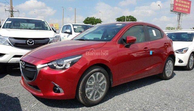 Bán Mazda 2 Hatchback Premium CBU nhập khẩu Thái Lan quà hấp dẫn, trả góp tối đa, xe giao nhanh, liên hệ 0973.560.137