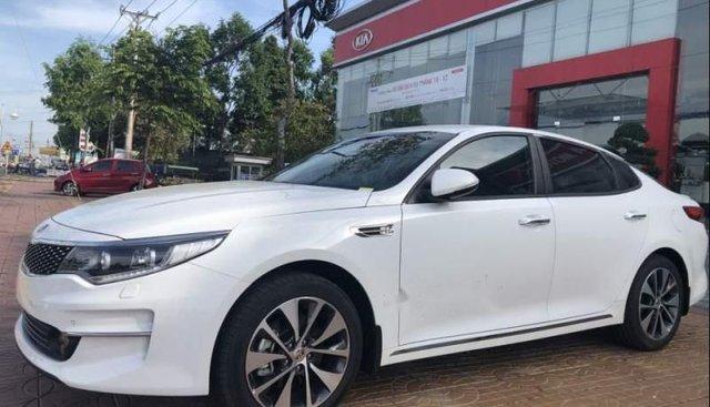 Bán xe Kia Optima năm sản xuất 2018, màu trắng